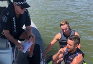 Тестове за наркотици DrugWipe при проверка на практикуващи водни спортове в Австралия
